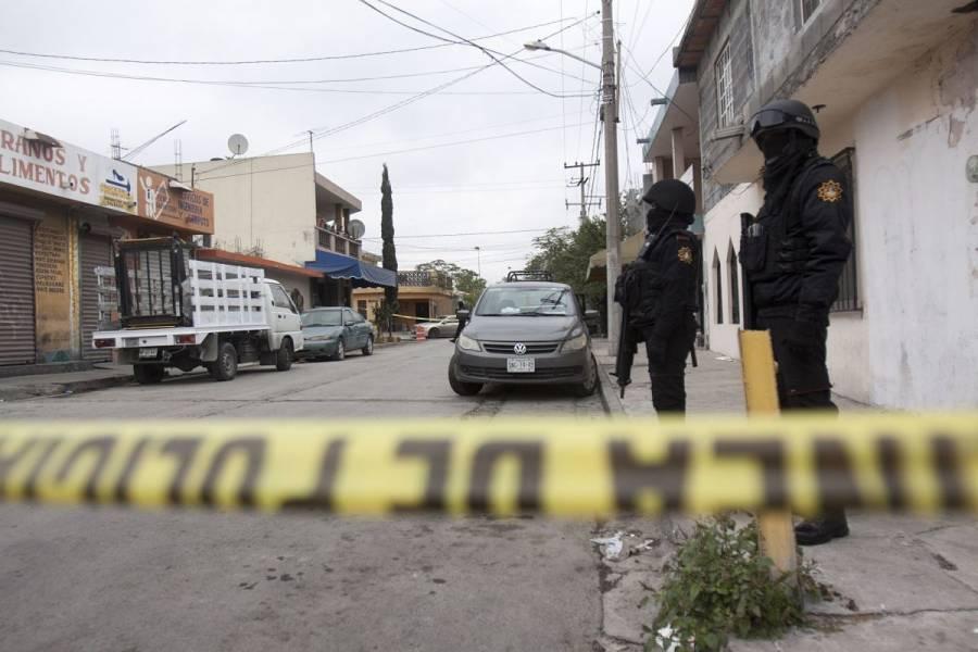 Hallan tres cuerpos sin vida en Ciudad Azteca