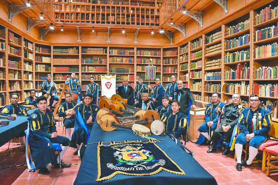 Guanajuato invade el Zócalo con música, artesanías…