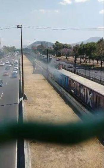 Se incendia tren del metro en estación Guelatao de la Línea A