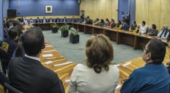 Sostiene reunión el rector Graue con personal del CCH Azcapotzalco