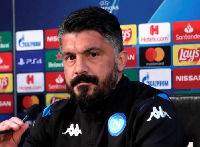 Hirving Lozano se queda en la banca; Gattuso busca futbolistas útiles