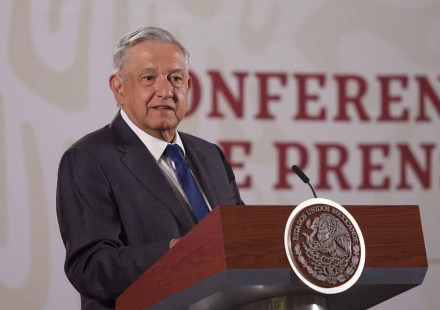 Plantea AMLO nueva aerolínea operada por extrabajadores de Mexicana