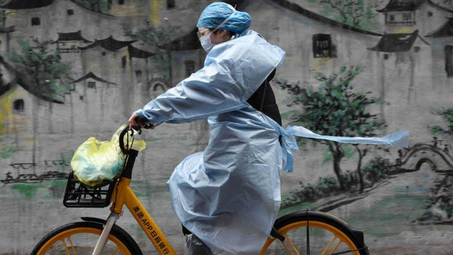 Suman ya 2 mil 835 muertes por coronavirus en China