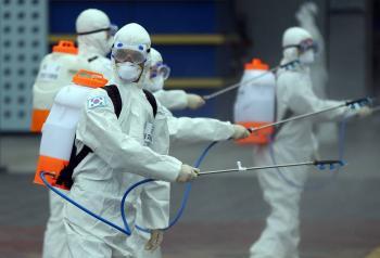 Corea del Sur reporta más de 800 casos de coronavirus