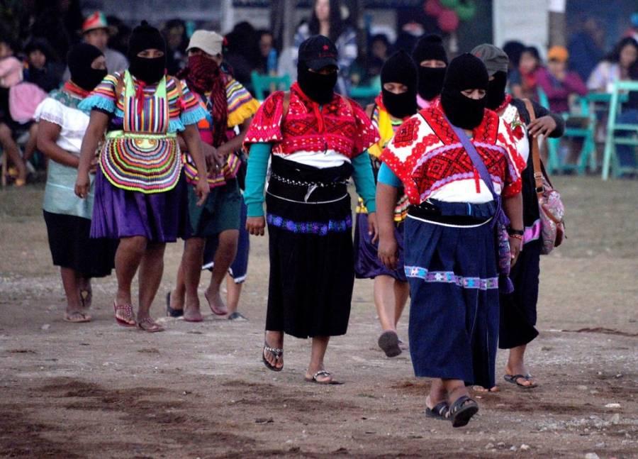 Se suman mujeres del EZLN al paro nacional del 9 de marzo
