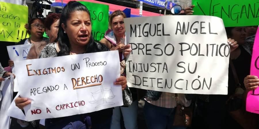 Se manifiestan en audiencia de Miguel Ángel Vásquez