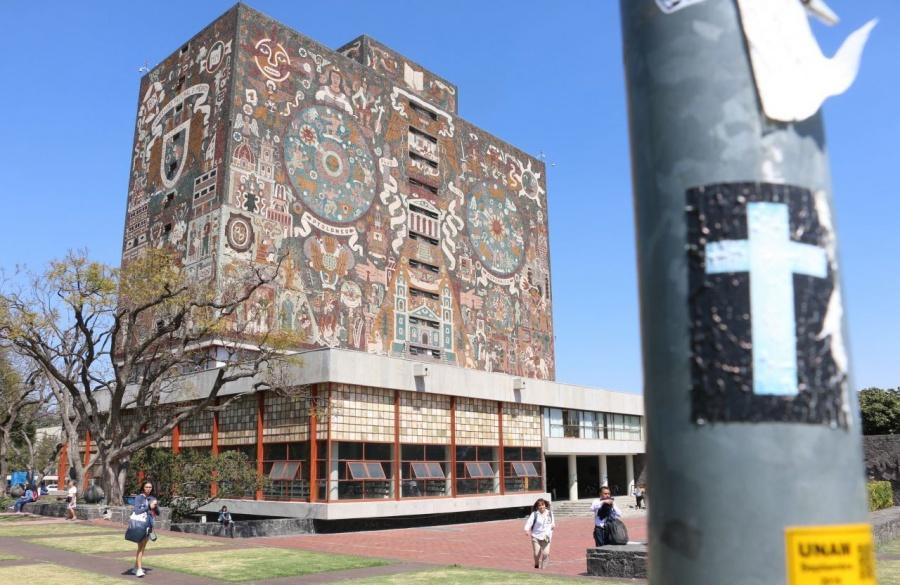 Separan a Honoris Causa de la UNAM por intento de violación