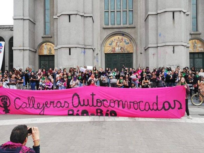 Mi muñeca me habló: Nuevo himno de las feministas de Chile