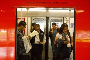 Se arroja hombre a vías en Línea 2 del Metro