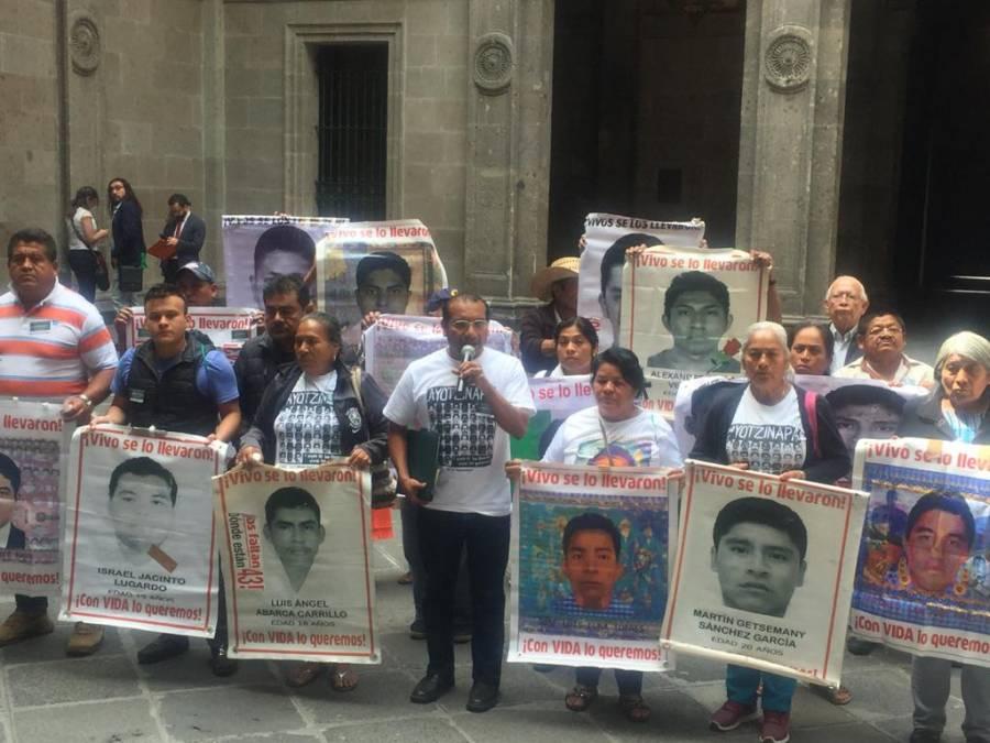 Piden que UIF investigue a Murillo Karam, Zerón de Lucio y los Abarca por Ayotzinapa