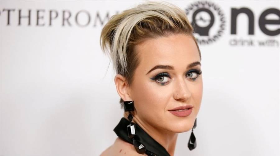 Katy Perry confirma embarazo en su último video
