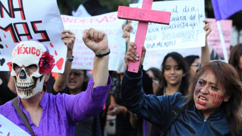 Feministas Preparan marcha del 8 de marzo