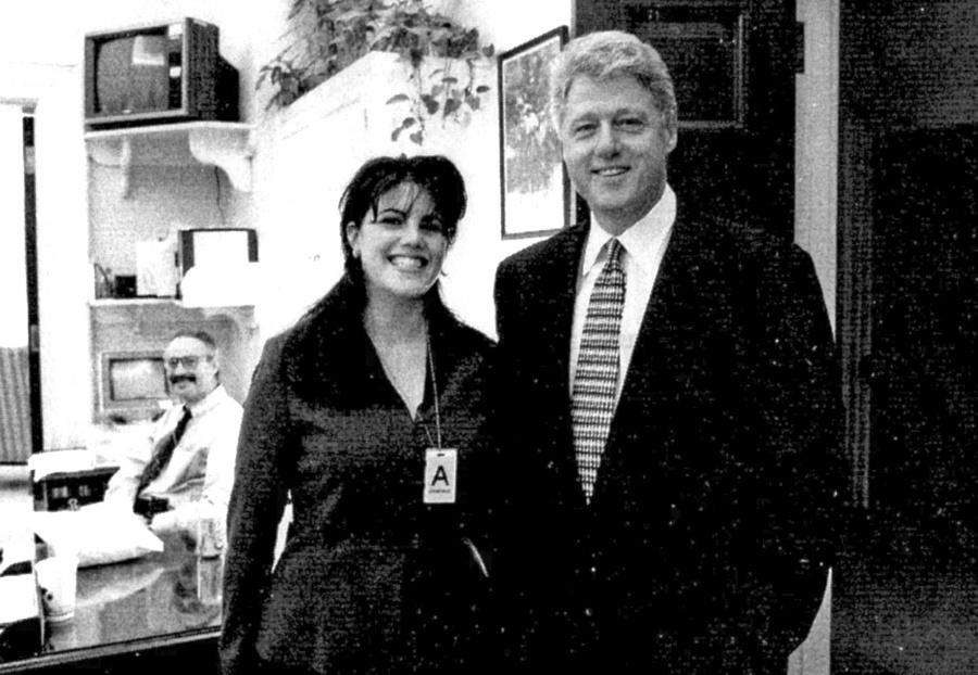 """""""Relación sexual con Lewinsky  fue para mitigar las presiones"""""""