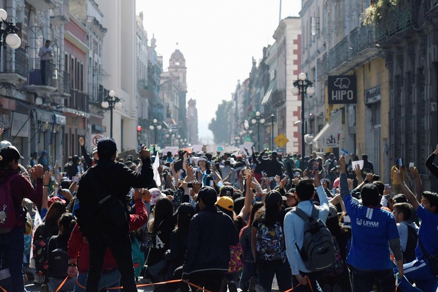 Estudiantes de Puebla se unen para exigir justicia