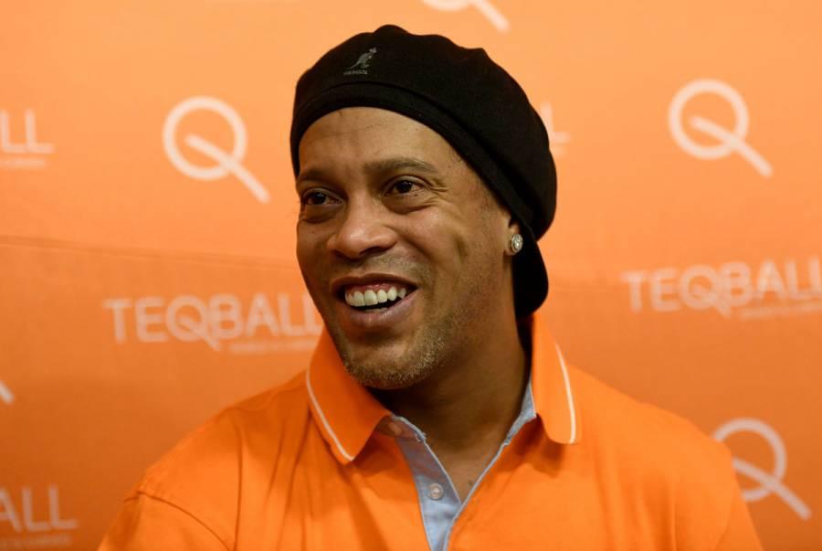 Ronaldinho, detenido en Paraguay por pasaporte falso