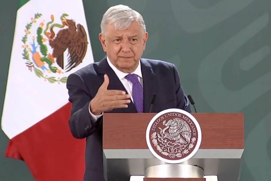 Conservadores se disfrazan de feministas: López Obrador