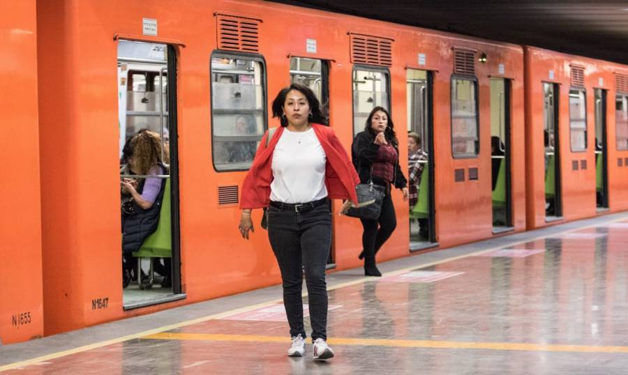 Se arroja persona a las vías del Metro Bellas Artes