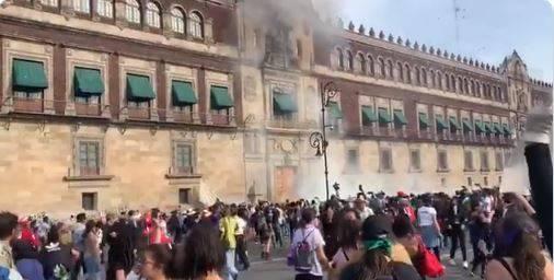Identifican a presuntos responsables de bombas molotov en Palacio Nacional