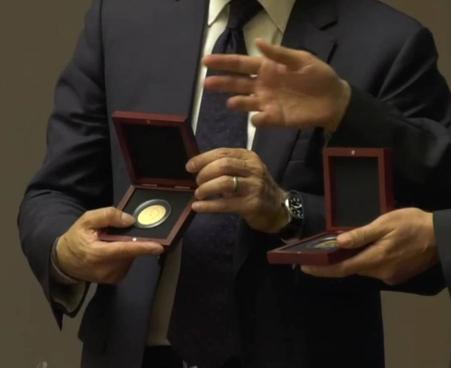 Anuncia SHCP la emisión de medallas conmemorativas, en honor a dos mujeres mexicanas