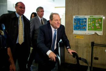 Abogados de Weinstein buscan pena de cinco años de prisión