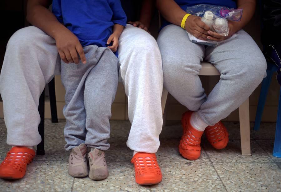 Corte Suprema respalda a Trump para que migrantes esperen en México por asilo