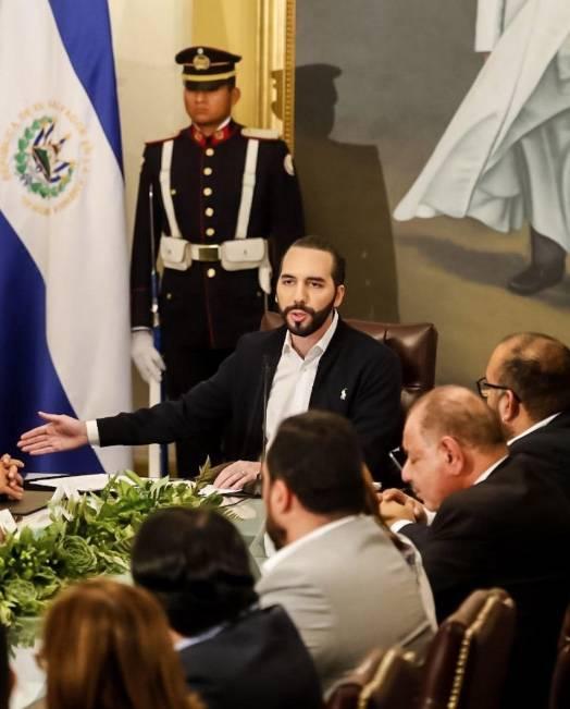 Bukele ordena cuarentena en todo El Salvador para evitar llegada del coronavirus