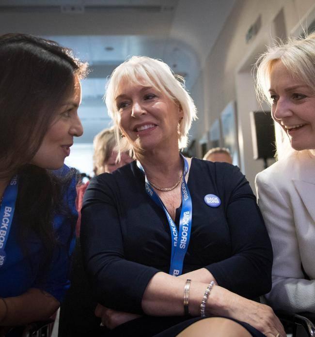 Ponen en cuarentena a ministra de Salud de Reino Unido por contagio de coronavirus