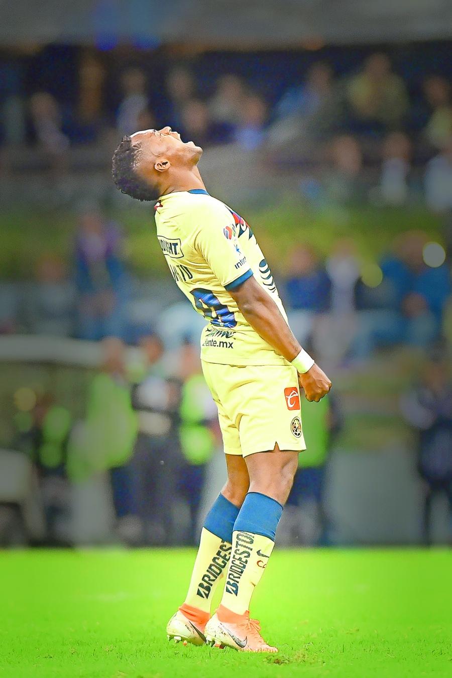 Renato Ibarra queda libre pero América rompe su contrato