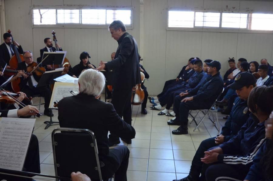 Orquesta de la OCBA da concierto a adolescentes en conflicto de la ley