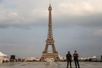 Cierra la Torre Eiffel por el coronavirus