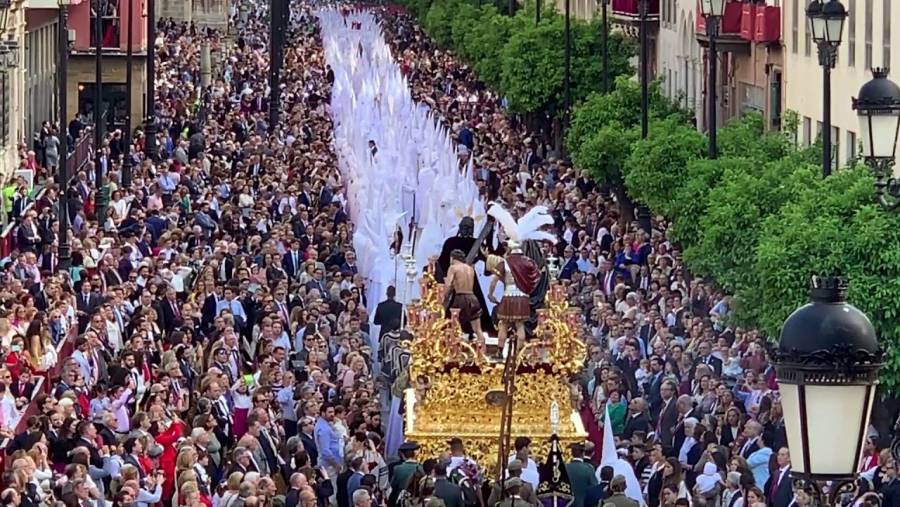 Por coronavirus, se suspende la Semana Santa de Sevilla