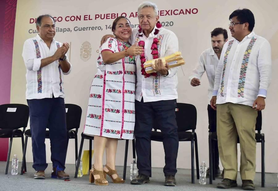 AMLO aseguró que pese adversidades, continuará trabajando para sacar a México adelante