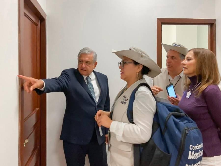 Censan al Presidente y su familia en Palacio Nacional