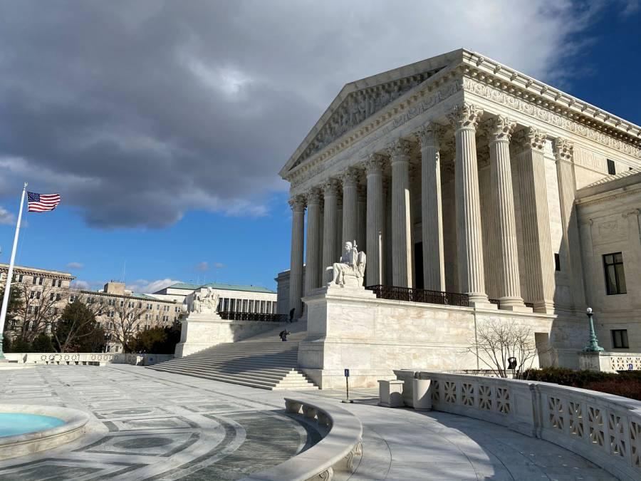 Suprema Corte de EU suspende audiencias por Covid-19