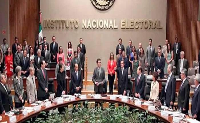 Suspenden diputados proceso para elegir a nuevos consejeros del INE