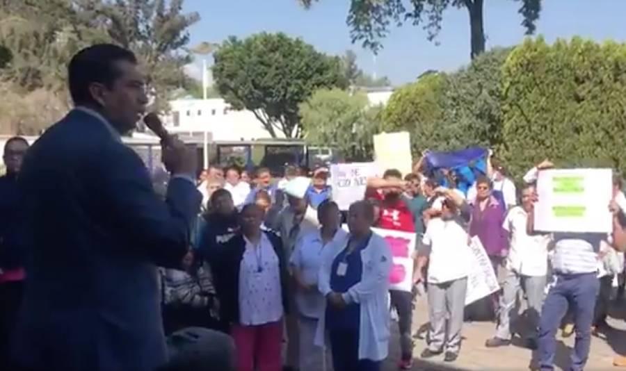 Protestan médicos del INER por falta de protocolo ante Covid-19
