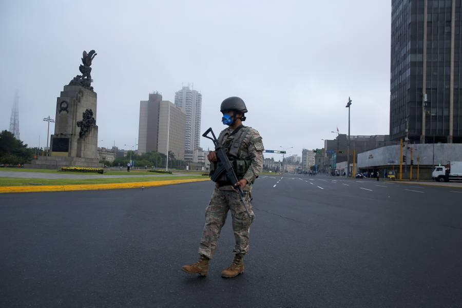 Perú anuncia inmovilización para frenar propagación de Covid-19