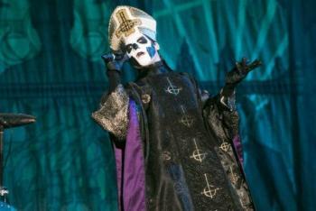 Si fuiste al concierto de Ghost, ¡chécate!