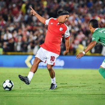 Ronaldinho celebrará su cumpleaños en prisión