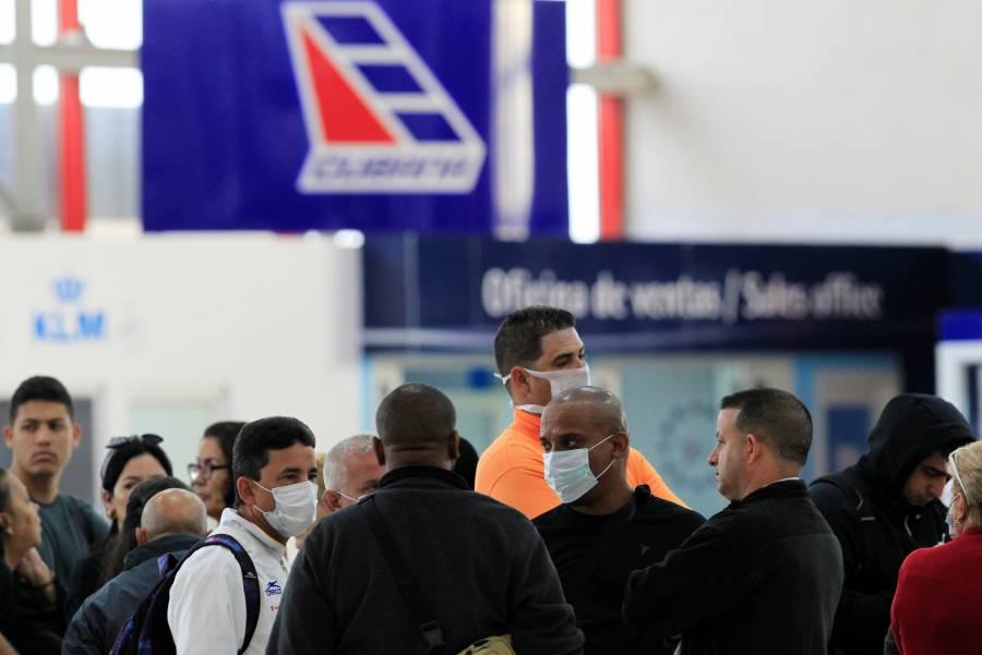 Cuba cierra fronteras por el coronavirus; dejará salir a turistas