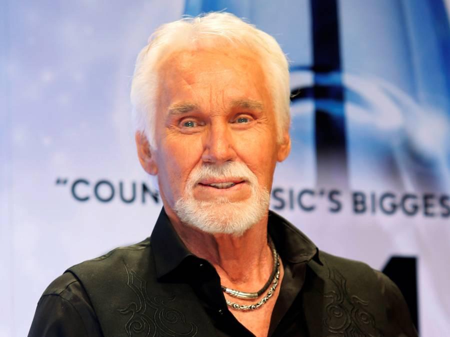 Muere Kenny Rogers, leyenda de la música country