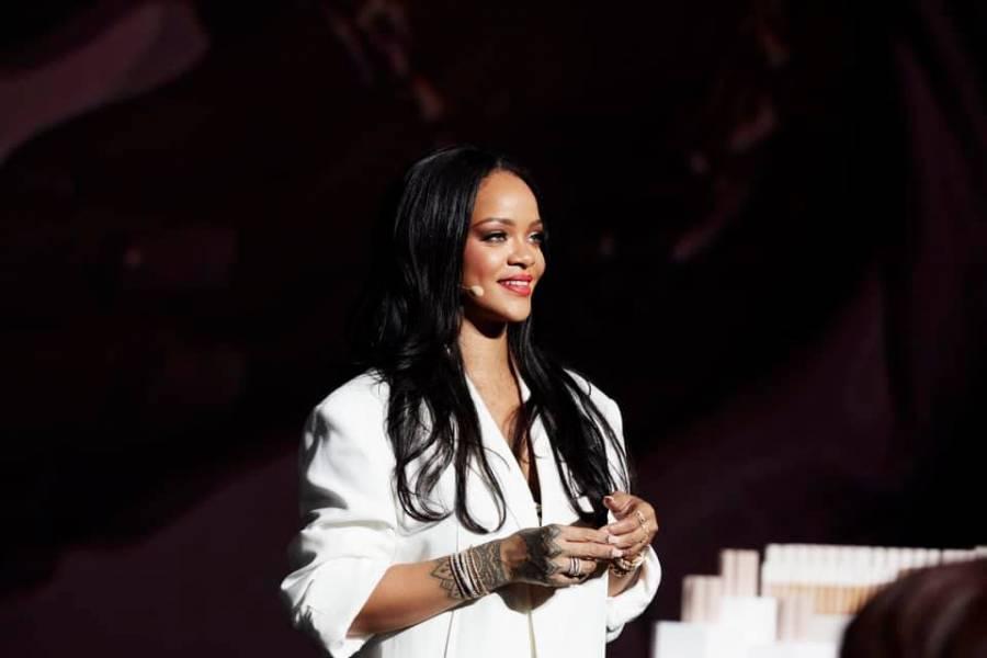 Rihanna donará 5 millones de dólares para combatir coronavirus