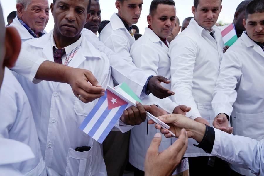 Cuba envía brigada médica a Italia para frenar el coronavirus