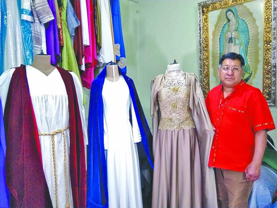 Vestuarios de la Pasión, una tradición desdehace 19 años