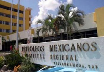 Permanecen hospitalizadas cuatro personas en nosocomio de Pemex Villahermosa