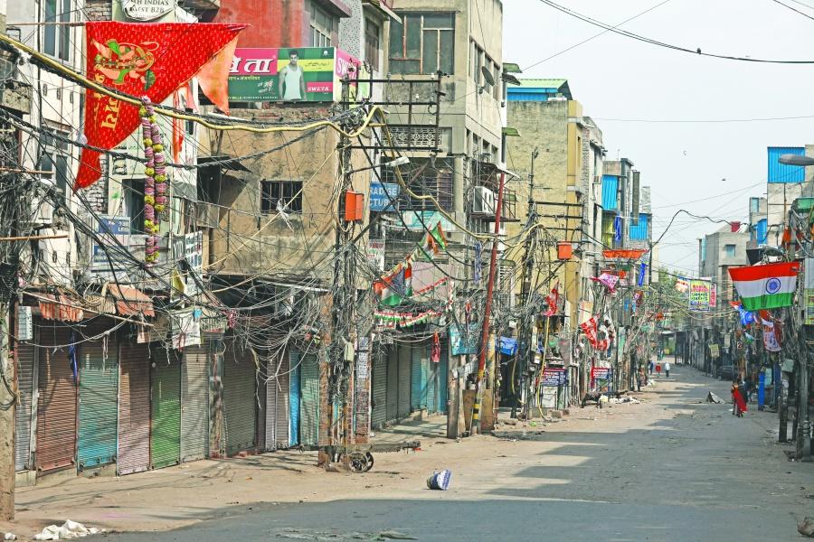 India aísla a 1,300 millones  de personas por 21 días