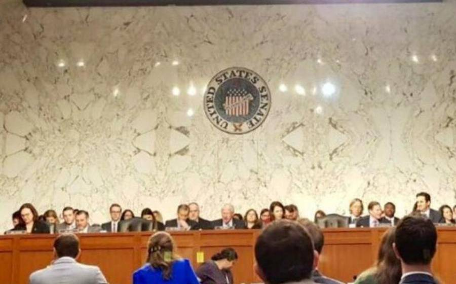Aprueba Senado de EU paquete de rescate económico de 2 billones de dólares
