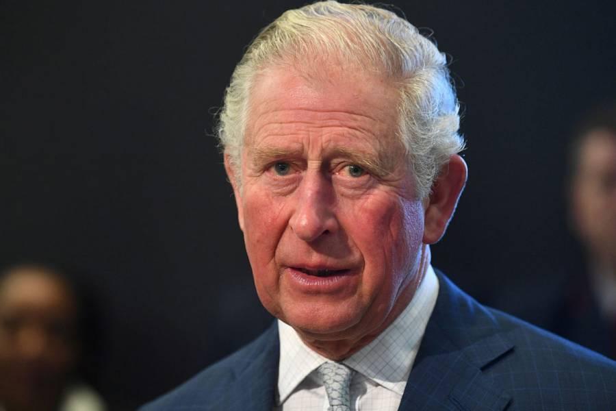 Príncipe Carlos de Inglaterra da positivo por coronavirus
