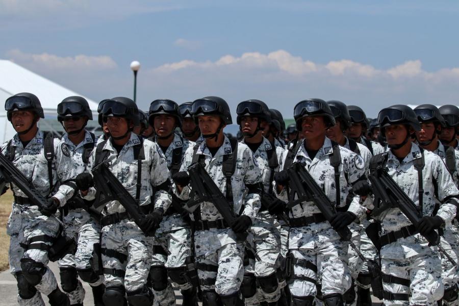AMLO ordena a Guardia Nacional que vigile los comercios