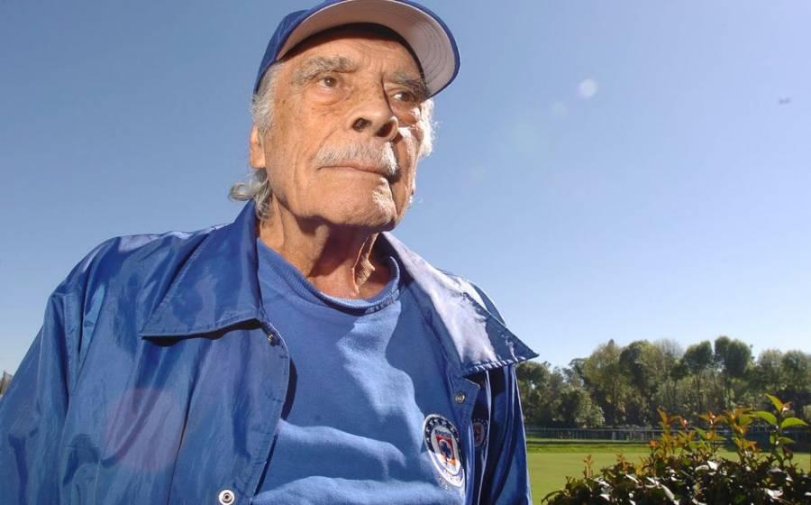 Muere Nacho Trelles, leyenda del futbol mexicano